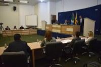 Câmara aprova três proposições e encaminha mais uma para comissões