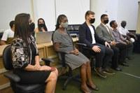 Vereadores homenageiam servidores em sessão solene